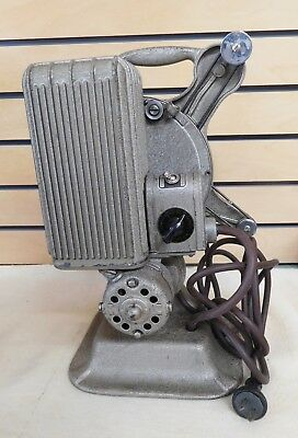 Vintage KEYSTONE Model A-81 16mm PROJECTOR with Case (TH725)