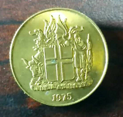 1975 - Iceland  One Krona Coin  -#778 -  Free Shipping