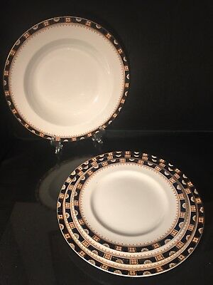Antique Wood & Sons 'Windsor' 1910 Dinner Service Place Setting