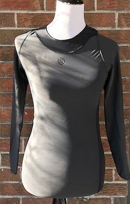 Skins Women RY400 Compression Recovery Top Base Layer size SMALL Long Sleeve
