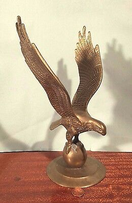 Vintage Federal Style BRASS EAGLE ON GLOBE Flying wings! Paperweight Statue ART