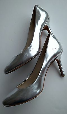 Genuine Coach New York Silver Leather Ladies/Women High Heels Shoe Size 6B USED