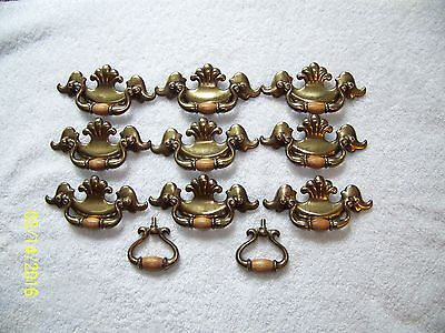 Vintage Brass Plated Drawer Pull Cabinet Knobs With Wood 9 Large & 2 Small