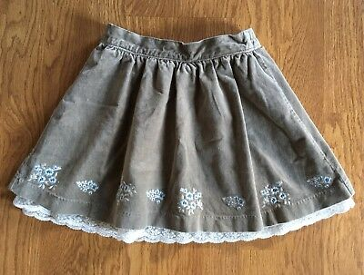 Janie & Jack girls skirt size 4T, velvet skirt with lace trim floral embroidery