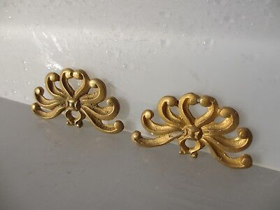 "Ornate Furniture Ormolu Hardware Gold/ Brass Gilt Leaf Fan Shell  Pair 2.75""W"