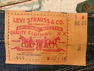 True Vintage Levi's 501/ Dead-stock 1975/ With Tags/ Size: 32 x 36/ Made in USA