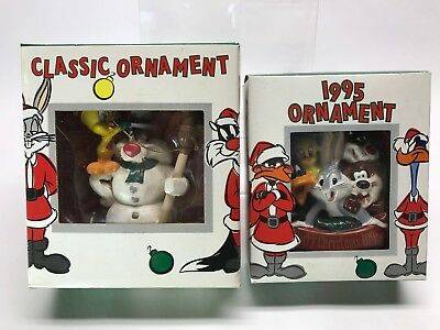 Vintage 1995 Lot of 2 Warner Brothers Looney Tunes Ornaments Tweety Bugs Bunny