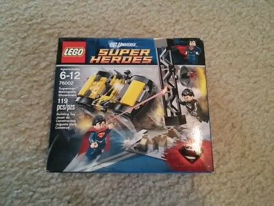 LEGO DC Super Heroes Superman Metropolis Showdown 76002  **BRAND NEW - SEALED**