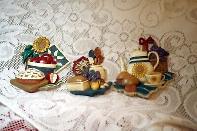 Wonderful Set Of Three Home Interiors And Gifts Kitchen Wall Plaques
