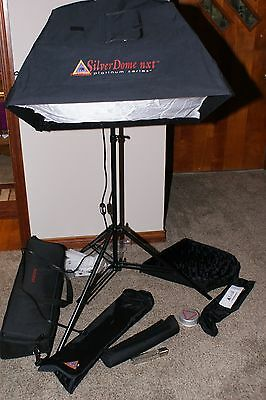 Photoflex Starlite 3200,SilverDome NXT Lighting Kit  W/ Stand LS-2214
