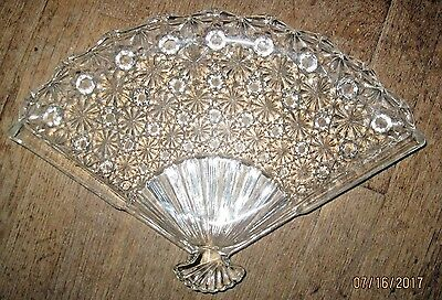 L. G. Wright Glass Daisy & Button Pattern Large Fan Tray