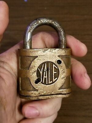 vintage Yale and towns lock co. super pin tumbler brass pad lock  no key