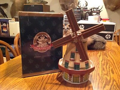 AB Anheuser Busch Budweiser Collectors Club Members Only CB22 Bevo Mill 2002