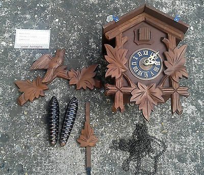 Belle clock, cuckoo Switzerland, art pop, deco chalet, antique Switzerland clock