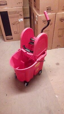 Rubbermaid WaveBrake® 39 Litre Red Mop Bucket with Down Press Wringer Red - Used