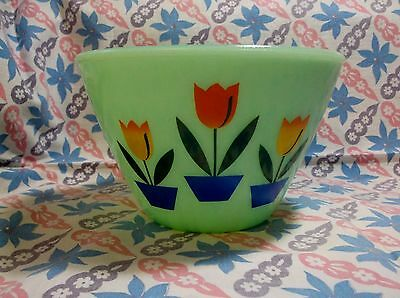 Jadeite Green Glass Dutch Tulip Mixing Bowl in Excellent Condition