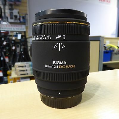 Used Sigma 70mm f2.8 EX DG Macro Lens in Pentax Fit - 1 YEAR GTEE