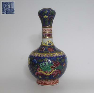 Fine Old Chinese Famille Rose Porcelain Garlic-Head Vase Qianlong Marked (094)