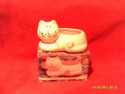 Ceramic Cat SCOURING PAD HOLDER By Mount Clemens Pottery  CoZy Cats Collections