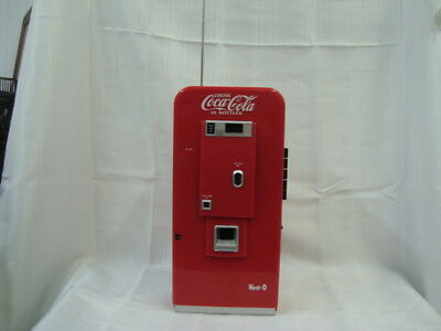 Coco-Cola Vending Machine Radio AM/FM with cassette player
