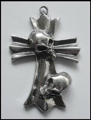 PEWTER CHARM #1232 CROSS 2 SKULLS 1 BAIL (48mm x 32mm) GOTH