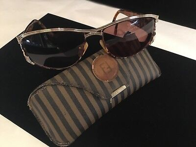 Authentic & Signed In Original Case Fendi Sunglasses Must See No Reserve Wow