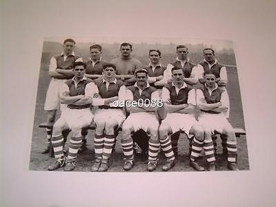 Hibernian Fc 1946-47 Including Legend Gordon Smith Of The Famous Five Photograph