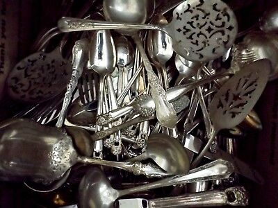 Vtg Mix Lot of 256 Pieces Silverplate Flatware Spoon Forks Sets Craft Resale Art