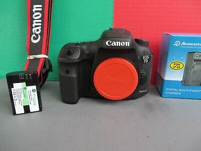 Canon EOS 7D Mark II (G) * Body Only * 20.2MP * with ONLY 535 Shutter Clicks *
