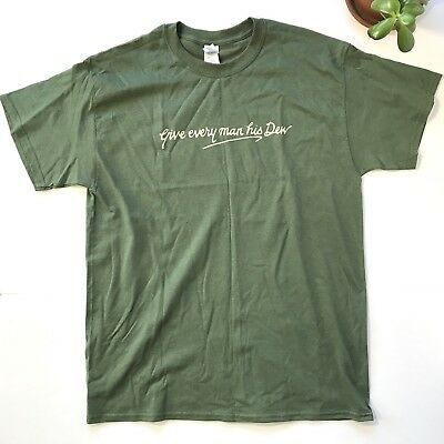 TULLAMORE DEW Every Man Needs His Dew T Shirt Green Whiskey Distillery Mens L