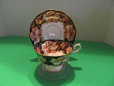Royal Albert  - Heirloom - Bone China Teacup and Saucer Set Made in England