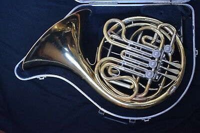 Holton H-177 Double French Horn