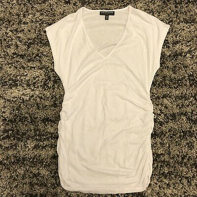 A Pea In The Pod Maternity V Neck Shirt White Size M