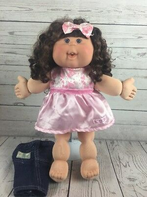 Cabbage Patch Kid Doll Curly Brown Rooted Hair Blue Eyes Girl Pink Dress 2005
