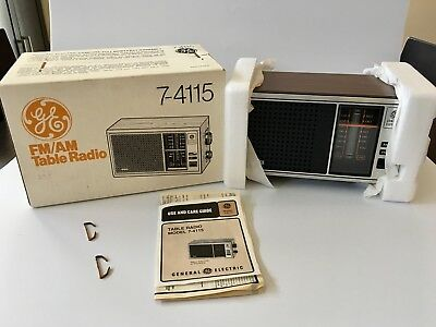 NOS New Old Stock in Original Box Vintage GE 7-4115 7-4115B AM / FM Table Radio