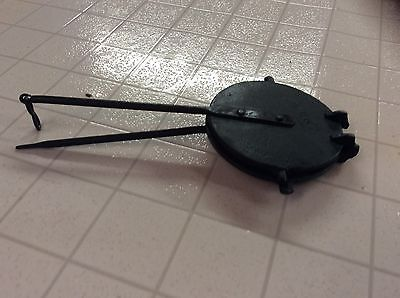 Antique Round Wafer Waffle Cookie Cast Iron Press
