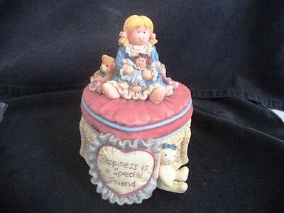 San Francisco Music Box Co. Heart Tug Trinket Box Happiness Is A Special Friend