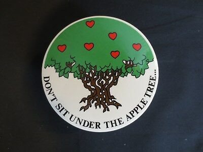 "Fitz & Floyd ""Don't Sit Under The Apple Tree"" Trinket Box w/ Lid Valentine Heart"