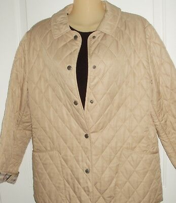 Burberry~ Classic puff Quilted snap front Jacket with famous Nova Lining sz M