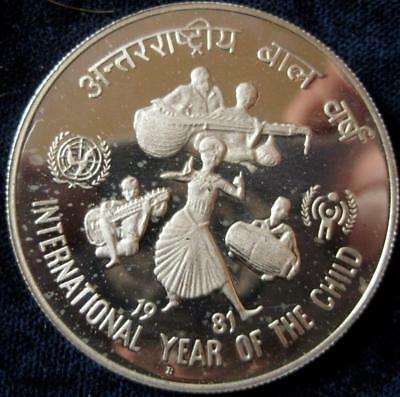 India Republic 1981 100 Rupees  Proof  Year of the Child #115