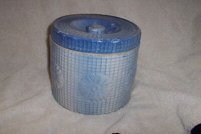 Blue And White Stoneware Butter  Crock,, Daisy And Trellis