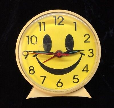 Happy Smile Smiley Face Plastic Retro wind up Clock, with alarm