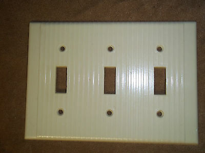Vintage ribbed Ivory color  switch cover 3 openings Leviton USA
