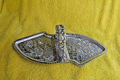Vintage/antique! Hand Wrought Creations By Rodney Kent Hammered Aluminium Tray!