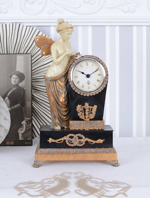 Table Clock Antique Collector's Watch Female Figure Psyche fireplace nostalgia
