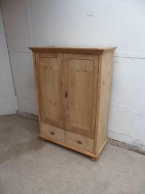 A Lovely Victorian Antique/Old Pine 2 Door 2 Drawer Cupboard Wax/Paint