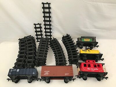 Lionel Large Scale Ready To Play Curve Train Car Track Lot Plastic Santa Fe