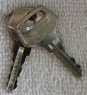 Set of Top and Back Keys for the Vendall Pegasus 25cent Candy Machine Machines