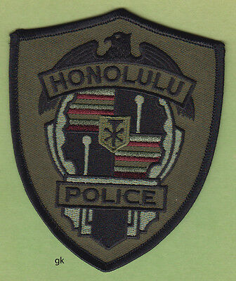 HONOLULU HAWAII  POLICE SUBDUED  SHOULDER PATCH  (Green)