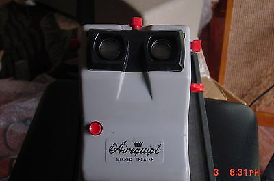 Airequipt Stereo Viewer working w 110 button, case,2magazines SERVICED red. 2/21